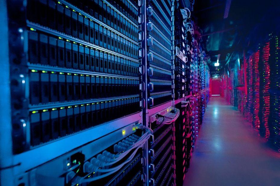 Выделенный сервер: что это и каковы его возможности?