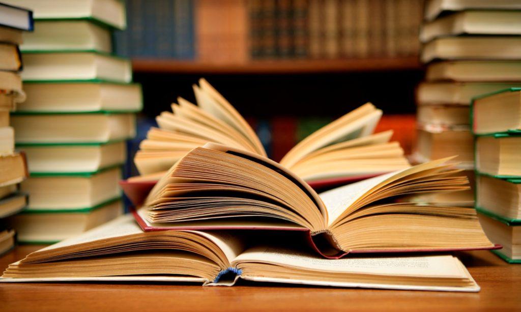 Стоит ли покупать онлайн-книги?