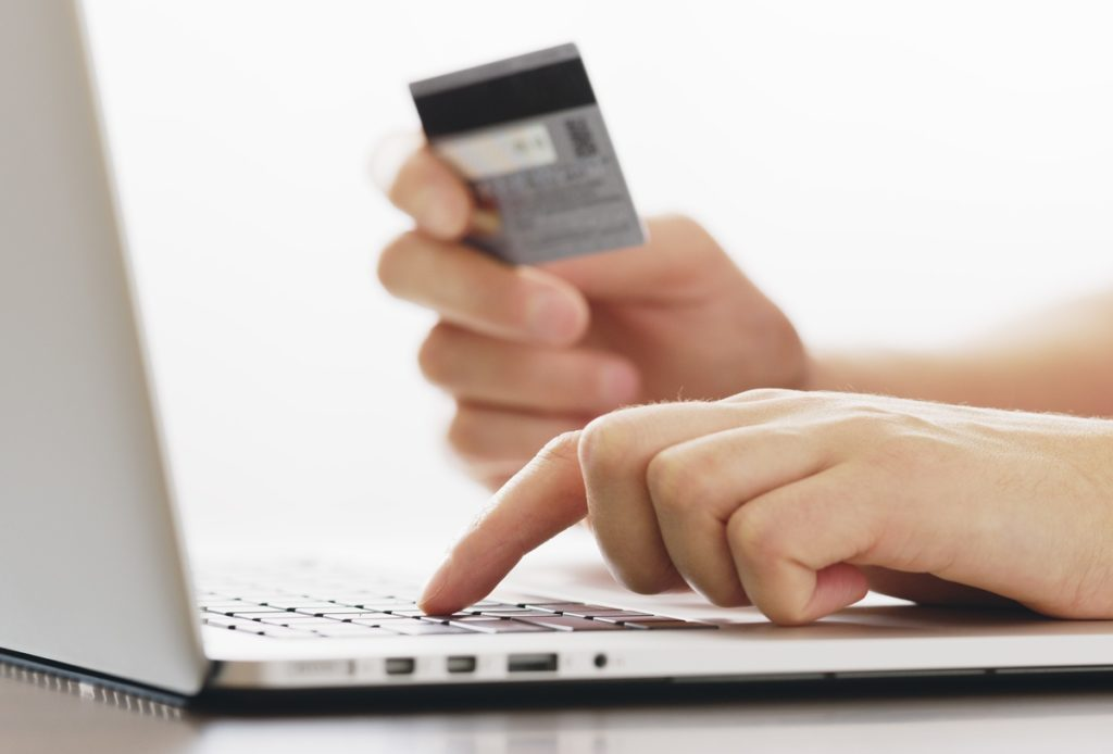 Электронные переводы без реквизитов против мошенничества